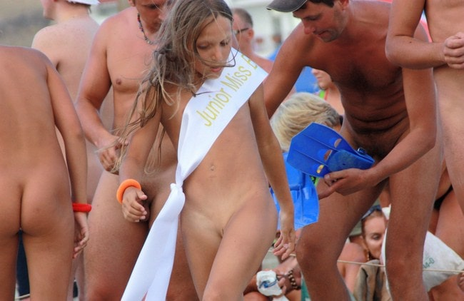 Nudism miss pageant young girls [Naked holiday on the beach]